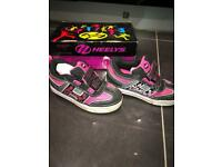 HEELYS 'Blossom' x2 Uk12 Trainers 2 Wheels ~Excellent Condition. + Box & Tools