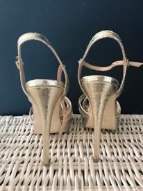 Women's Gold metallic heals