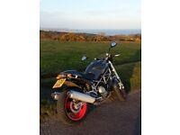 Ducati Monster M1000sie motorbike