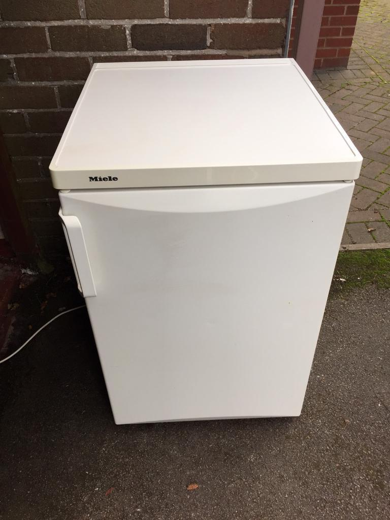 Miele Fridge (Delivery Available)