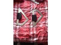 Audi TT knee bars