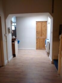 2 All-inclusive Students rooms available immediately £400pcm
