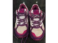 Girls UK Size 5 Karrimor trainers in VGC