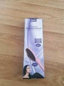 Ceramic straightening brush