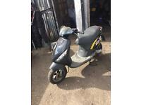 Piaggio zip 50 moped black 2004 gilera