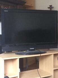 "Toshiba 32"" HD LCD TV"