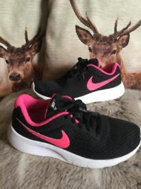 Girls size 4 Nike trainers