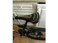 Mans mountain bike front suspension