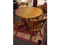 SOLID WOOD CIRCULAR TABLE AND 4 CHAIRS LIKE NEW HARDLY USED EXCELLENT CONDITION
