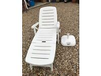 Sun lounger - white plastic - with cushion
