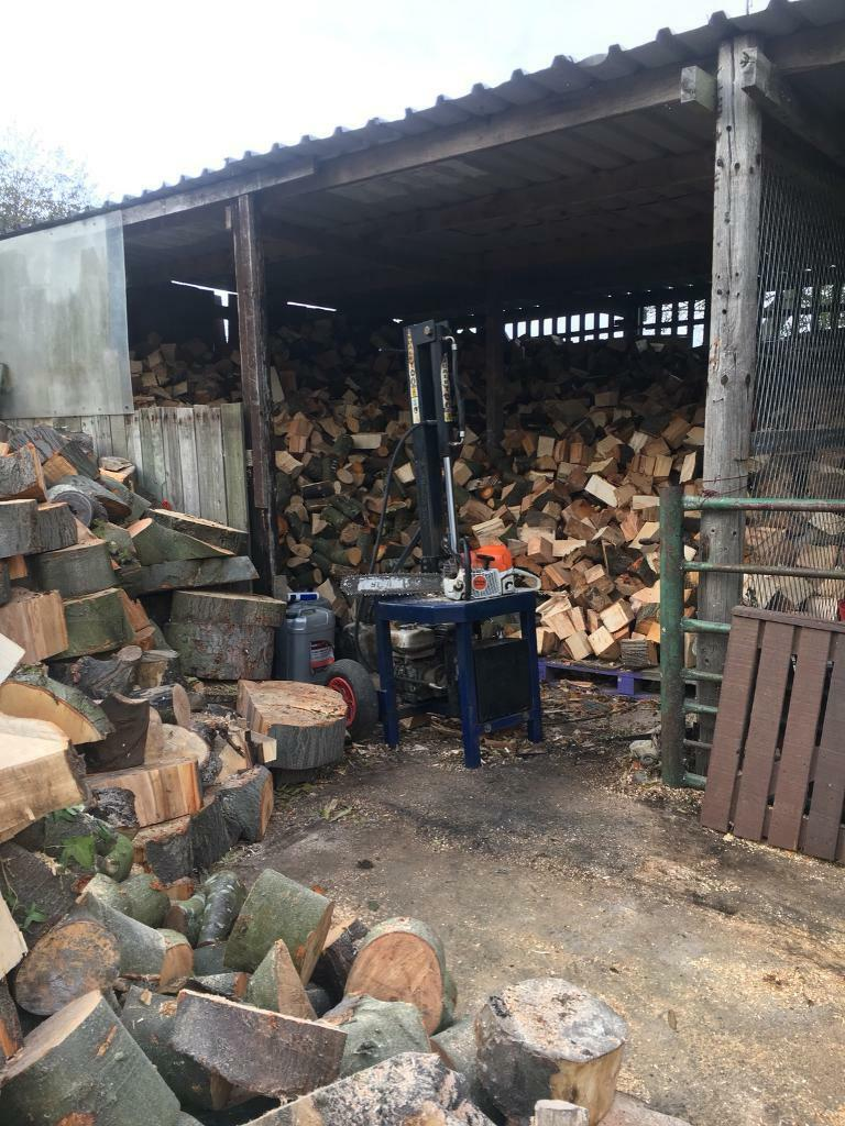 Seasoned hard wood logs