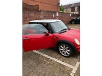 Mini Cooper 1 years mot