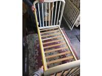 Cassandra wooden cot