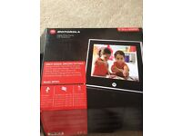 Motorola Digital Photo Frame with Slideshow