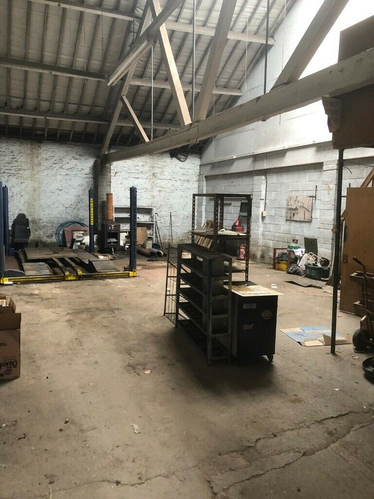 Unit Workshop Incl Small Office 1240sq Ft To Rent In Keynsham In Keynsham Bristol Gumtree