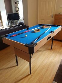 5ft pool table with folding legs