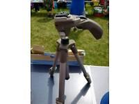 Camera/scope tripod