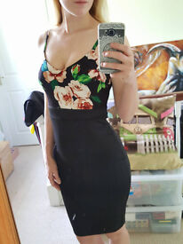 size 10 Newlook black floral bodycon dress