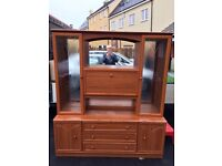 Sideboard / Display Unit in 2 pieces, excellent condition