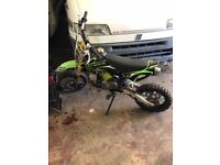 Pit bike ideal Xmas present really good condition