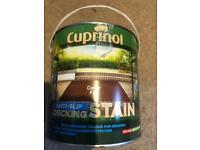Carpinol anti slippery decking stain