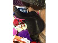 18 inch wide fit rhinegold saddle
