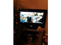 "Toshiba 32"" TV flat screen HD woth HDMI port plus free view box"