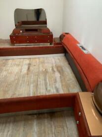 Vintage bed & vanity unit