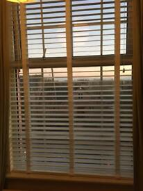 Tuiss Wooden Blinds in White