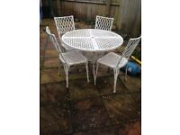 White cast iron table & 4 chairs