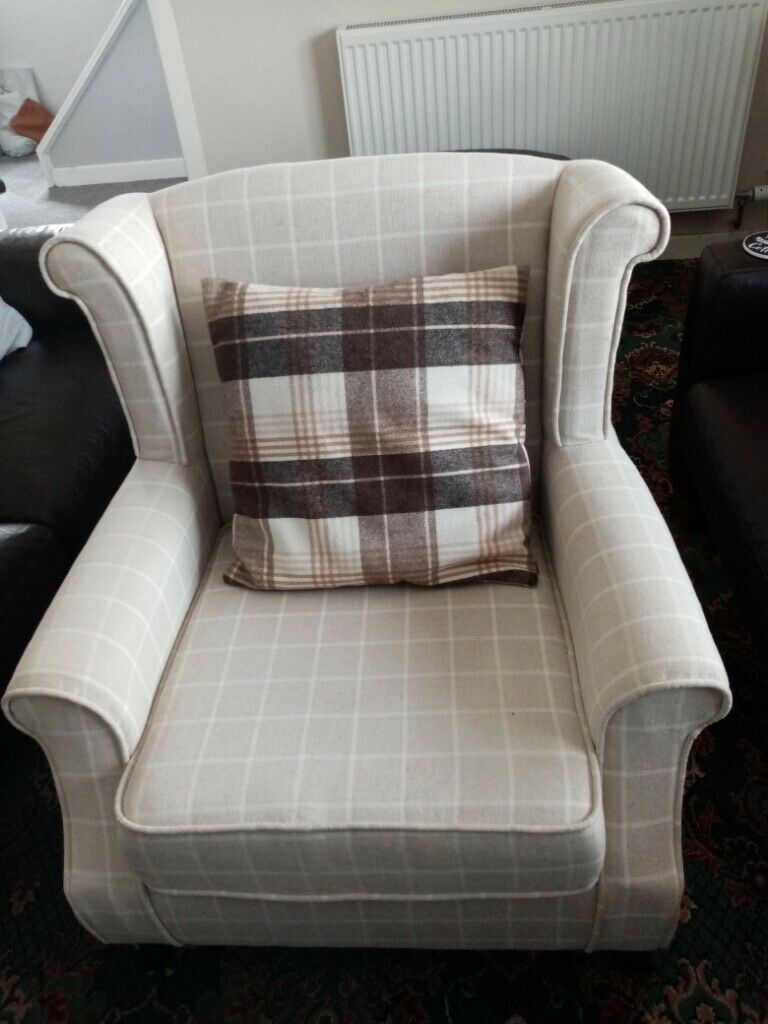 Cream armchair | in Carluke, South Lanarkshire | Gumtree