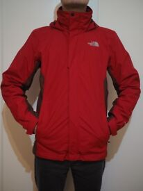 THE NORTH FACE EVOLUTION II TRICLIMATE JACKET, SIZE SMALL