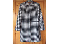 Women's black & white hound's tooth fully lined wool mix 'Outer Layer' coat. Size 12. £18 ovno.