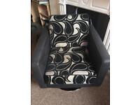 Antonia pattern swivel chair