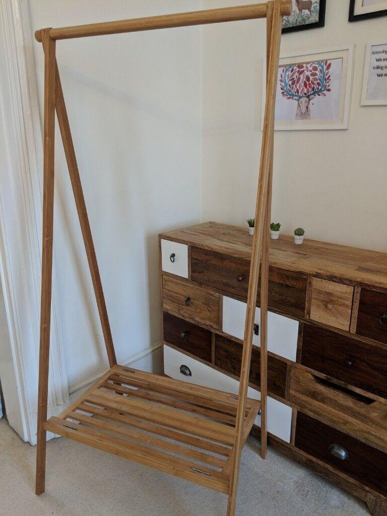Wooden clothes rail / hangar
