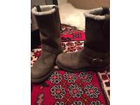 Timberland ladies Nellie pull-on boot size 7