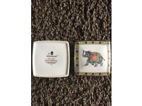 Elephant Wedgewood ornamental box