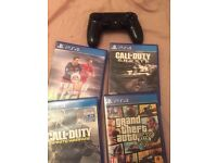 (unboxed) PlayStation 4 - 500GB - 1 controller + 4 Games