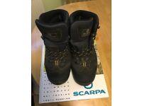 Scarpa Mens Walking Boots