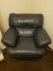 Blue leather 3 piece suite - FREE for uplift