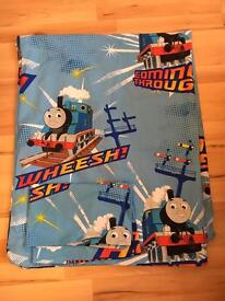 Thomas the tank toddler bedcover and duvet