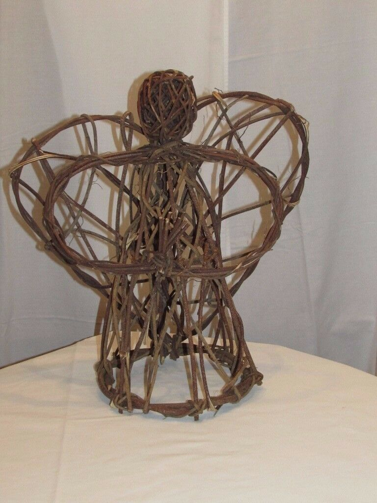 Large willow free standing angel. P&SF home