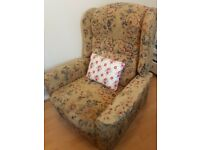 Armchair with pushout footrest -Free
