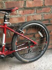 """Child's Dawes road style bike - 24"""" wheels"""