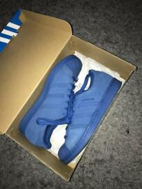 Adidas originals Superstars. SIZE 7