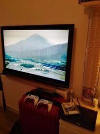 LG Tv 42 inch + PlayStation