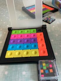 Square Up! Children's slide puzzle game (6+years)
