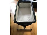 Chicco next2me crib, basinet - Next to me - great condition