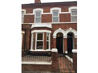 Excellent 3 bedroom property to rent in Ormeau Road area.