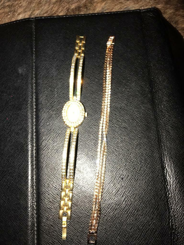 Watch and bracelet setin Southside, GlasgowGumtree - Beautiful rose gold and Swarovski crystal matching watch and bracelet set never been used £ 50 for both